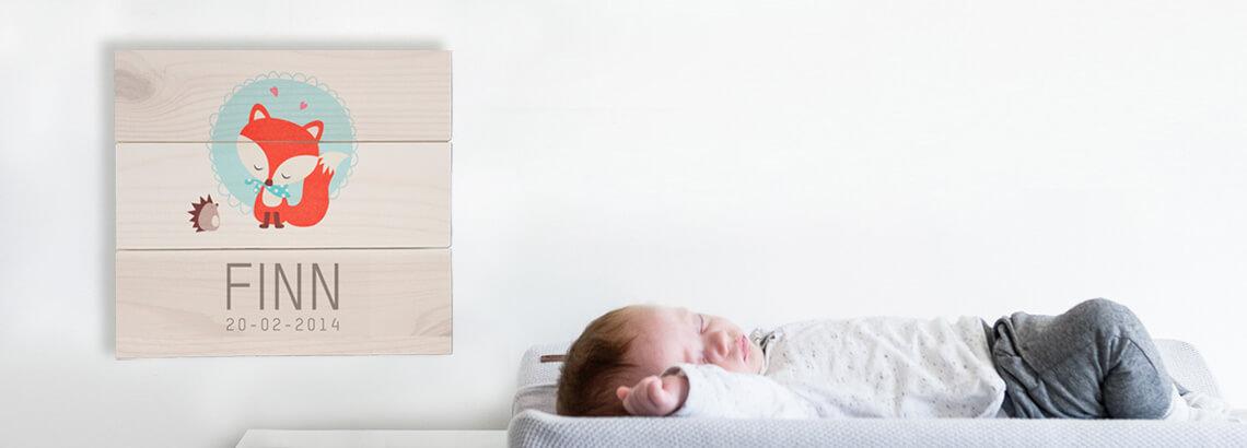 geboortekaart op hout geprint