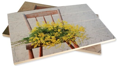 Foto op hout vergelijken